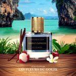 Le Parfum des fleurs du golfe Orient Express dans un beau flacon sur une plage