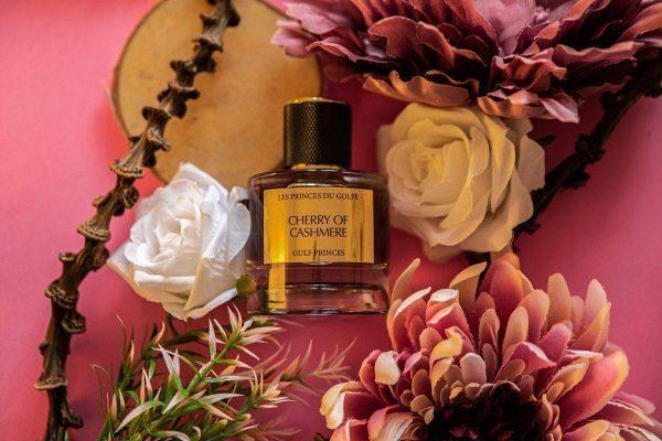 le parfum oriental Cherry of Cashmere de la marque Les Princes du Golfe sur des Fleurs