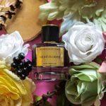 le parfum oriental Night Flower de la marque Les Princes du Golfe sur des Fleurs