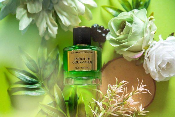 le parfum oriental Emeraude Gourmande de la marque Les Princes du Golfe sur des Fleurs