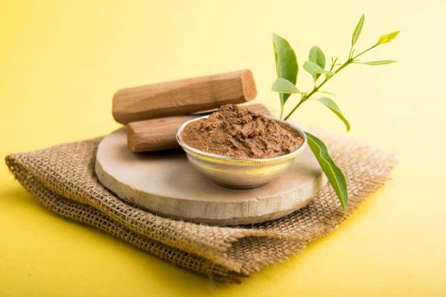 Le bois de santal en parfumerie, un ingrédient de qualité.